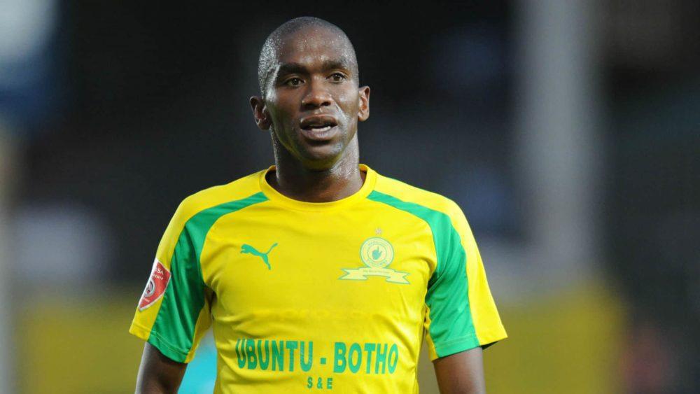 Former Bafana Bafana Player Anele Ngcongca Dies In A Car Accident Sunday World