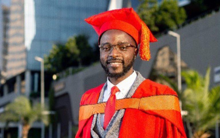 Dr Louis Nyahunda