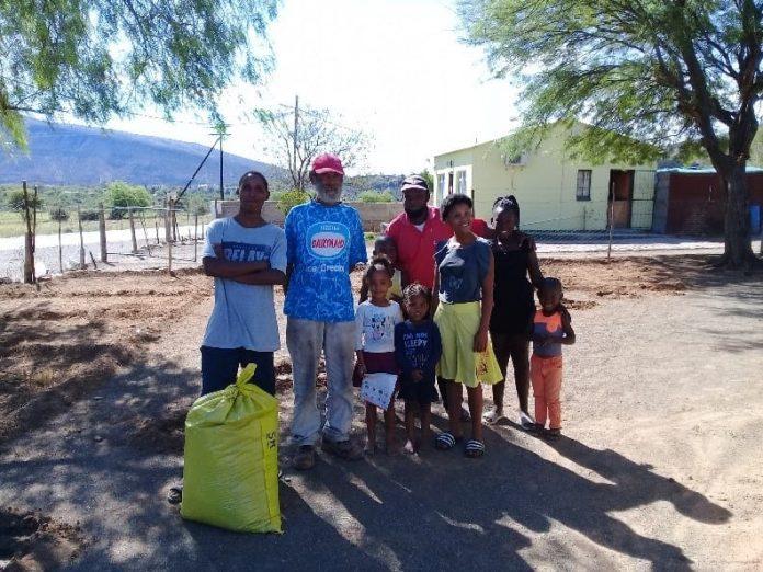 Pieter Arries receiving compost